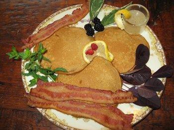 Breakfast at Frog Hollow Bed & Breakfast.