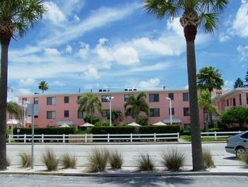 Exterior view of Gulf Winds Resort Condominiums.