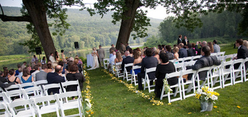 Outdoor wedding at The Shawnee Inn and Golf Resort.