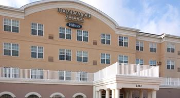 Exterior view of Homewood Suites by Hilton Dallas-Grapevine.