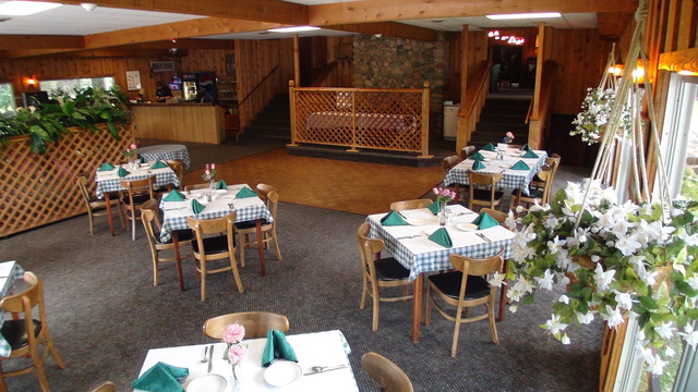 Interior View Cragun's Resort and Hotel on Gull Lake