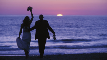 Wedding couple at The Ritz-Carlton, Laguna Niguel.