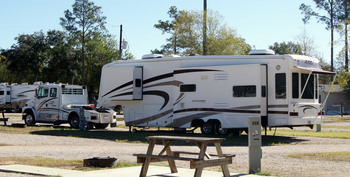 RV resort at Lone Star Jellystone.