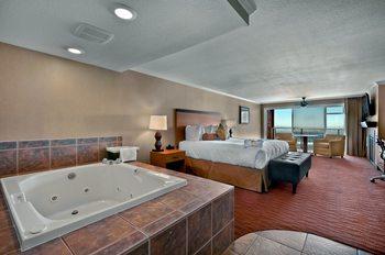 Jacuzzi suite at Hallmark Resort in Cannon Beach.