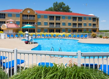 Outdoor pool at Sandcastle Suites.