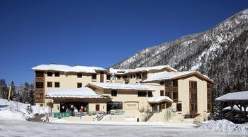 Exterior view of Edelweiss Lodge.