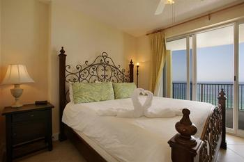 Rental bedroom at Sterling Resorts.