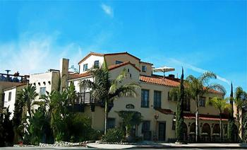 Exterior view of Hotel La Casa del Camino.