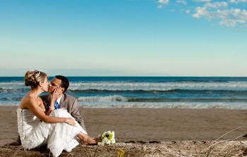 Wedding Couple at Gurney's Inn Resort Spa