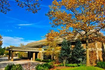 Exterior view of Sawmill Creek Resort.