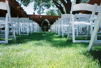Wedding ceremony at Hacienda Vargas Bed and Breakfast.