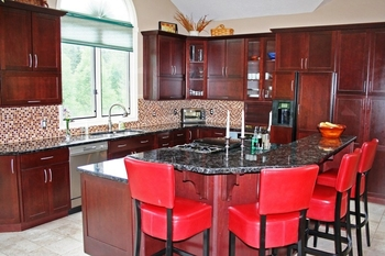 Vacation rental kitchen at Five Star Rentals of Montana.