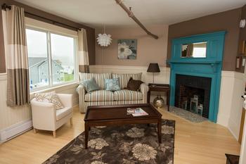 Guest living room at The Nonantum Resort.