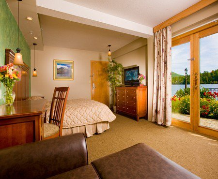 Two Room Suite at Golden Arrow Lakeside Resort, this second room has 2 Queen sized beds.