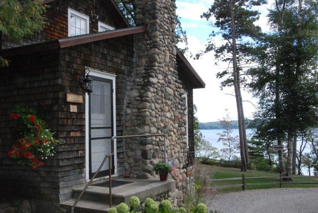 Exterior view of Chimney Corners Resort.