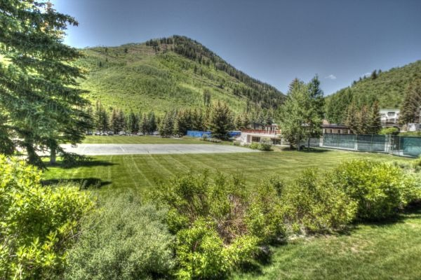Skyrun vacation rentals vail colorado vail co for Cabin rentals near vail colorado