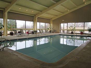 Indoor pool at The Met Troy.