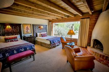Guest room at Tanque Verde Ranch.