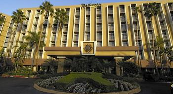 Exterior view of Radisson Hotel Newport Beach.