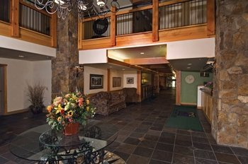 Grand Timber Lodge lobby view at Breckenridge Discount Lodging.