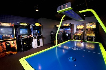 Arcade at Best Western Lake Buena Vista