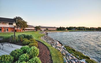 Exterior view at Harbourtowne Golf Resort