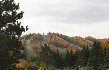 Fall at Big Powderhorn Lodging.