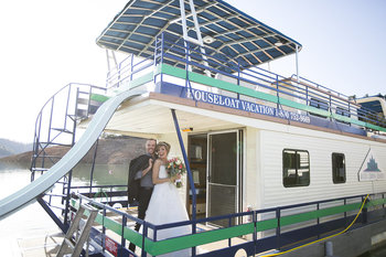 A Houseboat Wedding at Bridge Bay at Shasta Lake