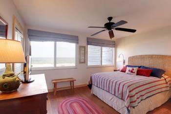 Rental bedroom at Perdido Key Resort Management.