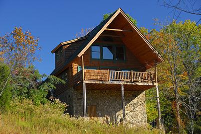 Sevierville vacation rentals cabin a moonlight ridge for Timber tops cabins gatlinburg