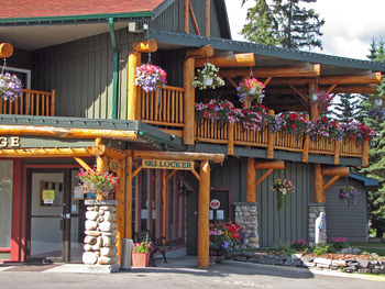Ski rental shop at Inns of Banff.