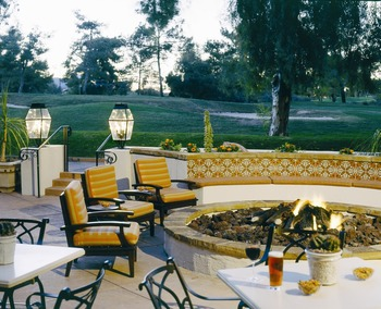 Fire pit seating at Scottsdale Resort & Conference Center.