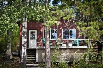 Cabins at Camp Narrows Lodge