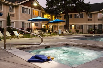 Outdoor pool at TownePlace Suites Bend.
