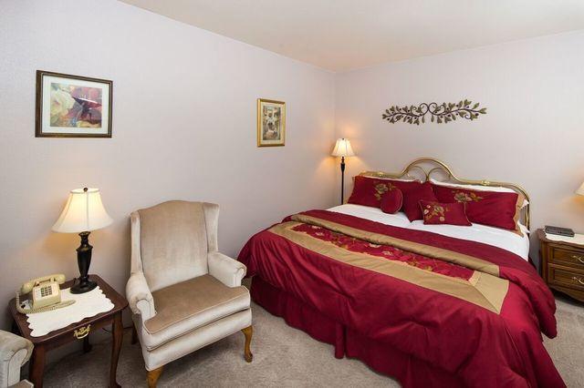 Guest room at Alpen Rose Inn.