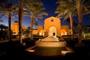 Exterior view of The Westin Mission Hills Resort & Spa.