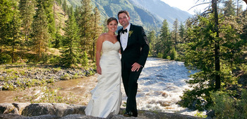 Icicle Creek provides a beautiful backdrop for wedding photography.