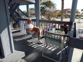 Patio at Englewood Beach & Yacht Club.