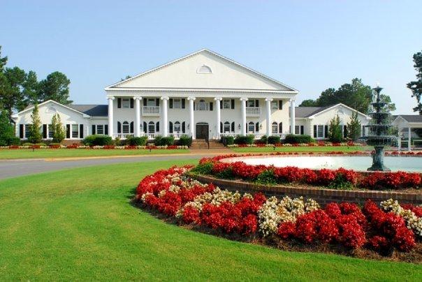 Exterior view of Brunswick Plantation Resort.