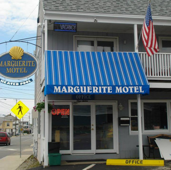 Exterior View of Marguerite Motel