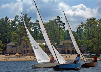 Sailing at Lake Naomi Club