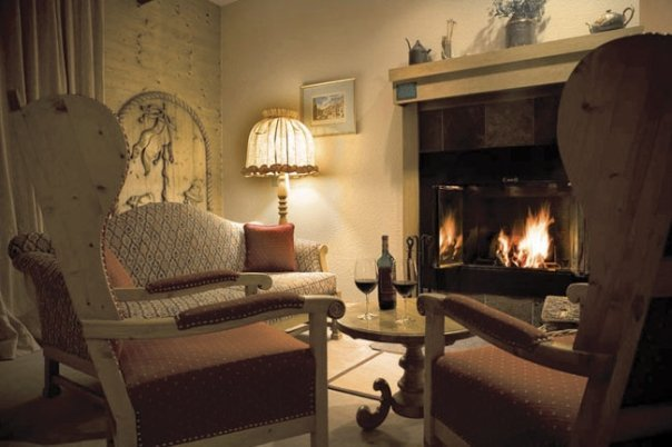 Fireplace suite at Alpenhof Lodge.