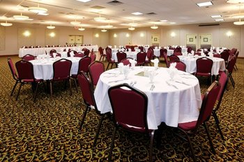 Banquet room at Holiday Inn Detroit Lakes.