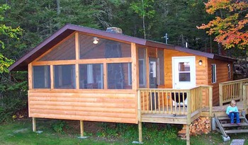 Exterior Cabin View at Pehrson Lodge Resort
