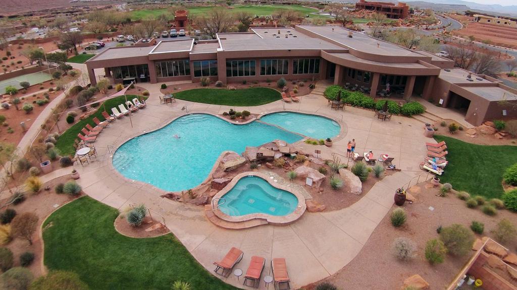 Outdoor pool at The Inn at Entrada.
