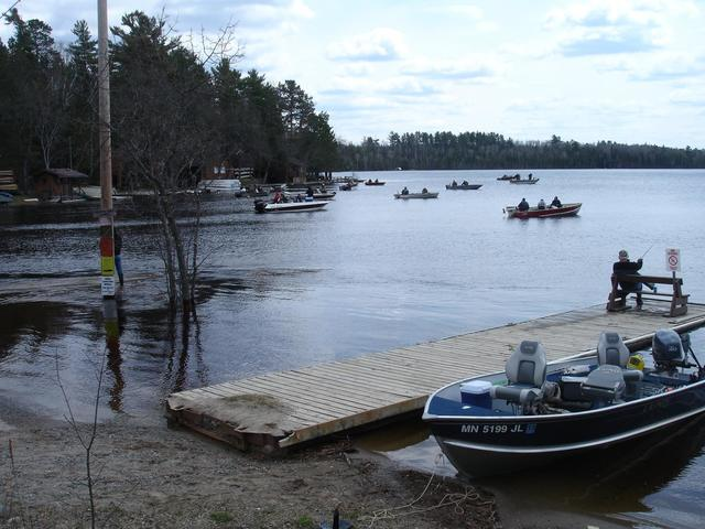Silver rapids lodge ely mn resort reviews for Ely minnesota fishing