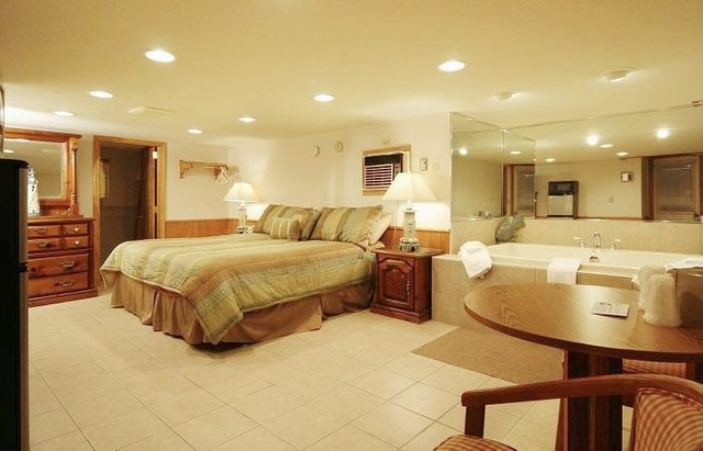 Top Old Orchard Beach Oceanfront Hotels