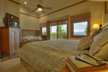 Guest Room at Sun Castle Resort Lakefront