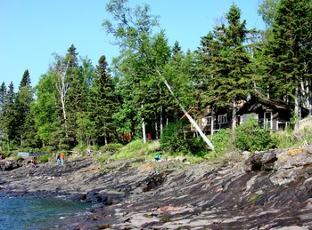 Shoreline at Solbakken Resort.