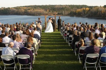Wedding ceremony at Giants Ridge Golf and Ski Resort.
